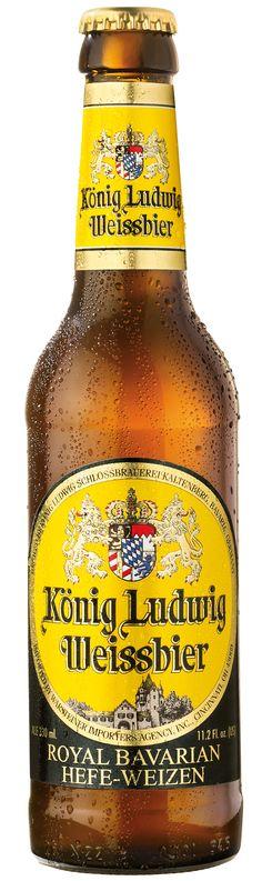König Ludwig Weissbier es una refrescante y equilibrada weissbier natural, sabrosa con un animado aroma afrutado y fino sentido del picante. König Ludwig Weissbier fue honrado con el Premio Mundial de la cerveza a la mejor cerveza de trigo en el mundo en 2008.