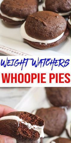 Here is a quick and easy homemade chocolate Weight Watchers whoopie pie recipe. If you are looking for a delicious, tasty, and moist whoopie pie for a Weight Watchers diet then try this one out. Weight Watchers Desserts, Weight Watchers Cake, Plats Weight Watchers, Weight Watchers Breakfast, Ww Desserts, Healthy Dessert Recipes, Healthy Snacks, Breakfast Recipes, Weight Watchers Cheesecake