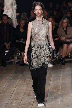 Défilé Alexander McQueen Printemps-été 2016 FashionWeekParis