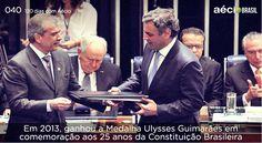 Aécio recebe medalha Ulysses Guimarães, em 2013. #AecioNeves #ParaMudarOBrasil #120DiascomAecio http://120diascomaecio.tumblr.com/