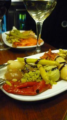 ARTICLE RESTAURANT / TAPAS • Les tapas canailles de Quimet & Quimet à Barcelone • http://lafrancesaauxfourneaux.blogspot.fr/2012/01/barcelone-les-tapas-canailles-de-quimet.html
