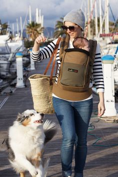 Physiological babycarrier JPMBB - walk with dog - with Booster pack - color  Safari and Olive 9311506bad7