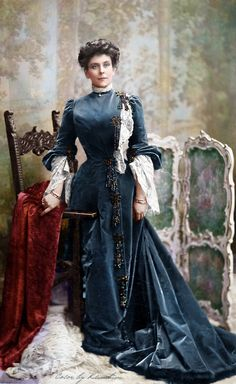 Princess Olga Paley, Grand duke Pavel Alexandrovich second wife and also mother of Natalia, Irina and Vladimir Paley