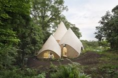 Tokyo-born architect Issei Suma is behind the design of Jikka, a tent-like complex for retirees in Japan& picturesque Shizuoka Prefecture. Shizuoka, Piscina Interior, Teepee Tent, Forest House, Dezeen, Little Houses, Small Houses, Decks, Interior And Exterior