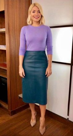 Holly Willoughby skirt and jumper outfits: lilac jumper and green leather skirt