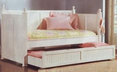 Amazon.com: Coaster Fine Furniture 300026 Wood Daybed with Trundle, White Finish: Home & Kitchen
