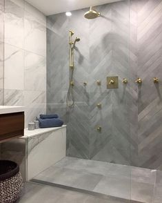 Interior Design & Hospitality Design Industry-Tips - Badezimmer ♡ Wohnklamotte - Bathroom Decor Bad Inspiration, Bathroom Inspiration, Modern Bathroom Design, Bathroom Interior Design, Hall Interior, Bathroom Tile Designs, Dream Bathrooms, Small Bathroom, Bathroom Ideas