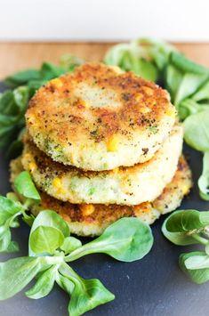 Kartoffel-Brokkoli-Laibchen sind das ideale Familienessen. So kommen Gemüse und Vitamine ins Kind und die Laibchen sind ein Renner bei groß und klein.