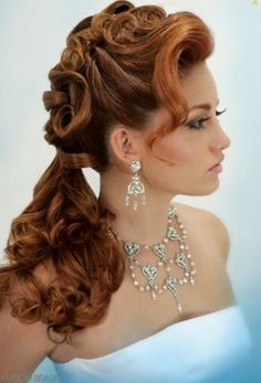Modern wedding hairstyles are very amazing. In short hairs we can make an amazing curly hairstyles too.