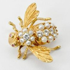 18k Rosenthal Pearl & Diamond Bee Pin
