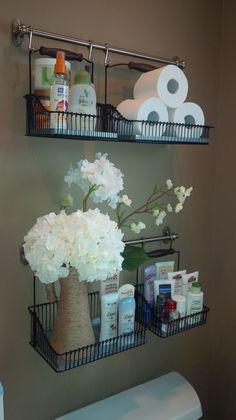 New shelving system in the bathroom # DIY Home Decor rental Ikea Hack: FINTORP Fintorp Ikea, Ikea Fintorp Series, Over The Toilet Organizer, Above The Toilet Storage, Diy Casa, Easy Home Decor, Bathroom Organization, Organization Ideas, Jewelry Organization
