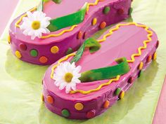 Flip-Flops Cake...how cute for a beach themed Party!  Instructions included.