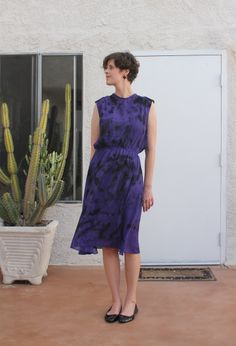 NO-SEW REFASHION –PAINTED DRESS (WITH TUTORIAL)