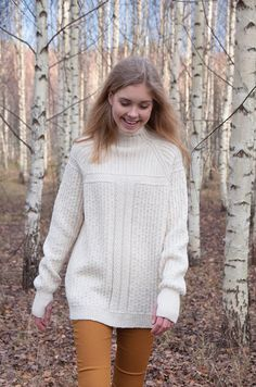 Pocket jumper, Alize Cashmira, LANKAVA Oy, Pia Heilä. photo: Beada Kinnarinen