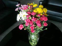 64- Vaso médio com mix em flores 45x25cm
