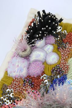 Abstract Embroidery, Modern Embroidery, Beaded Embroidery, Embroidery Stitches, Embroidery Patterns, Hand Embroidery, Art Textile, Textile Artists, Diy Broderie