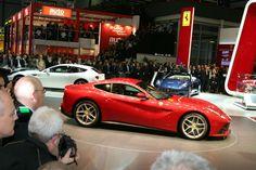 2013 Ferrari F12 Berlinetta Show