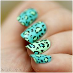 China Glaze Too Yacht to Handle + China Glaze Highlight of My Summer + acrylic paint #nails #nailart