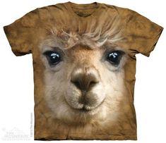 Alpaca Big Face T-shirt  Het The Mountain Alpaca Big Face t-shirt is gemaakt op basis van een handgekleurd Tye Dye T-shirt. Het T-shirt is gemaakt van 100% Katoen.  EUR 34.99  Meer informatie