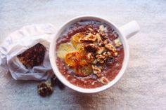I am Dagmara: The Art of Breakfast: Vegan Cacao Oatmeal with Maple Caramelized Bananas and Walnuts