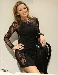 Kylie Minogue #Australia #celebrities #KylieMinogue Australian celebrity Kylie Minogue loves http://www.kangadiscounts.com