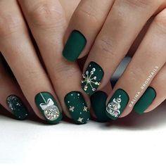 Xmas Nail Art, Christmas Gel Nails, Christmas Nail Art Designs, Winter Nail Art, Winter Nail Designs, Holiday Nails, Winter Nails, Christmas Ornaments, Christmas Trees