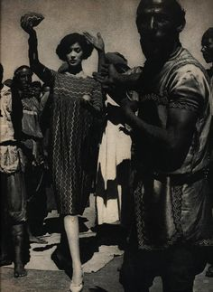 #Maroc existence. Morocco photographed by William Klein for Vogue, June 1958. #Fashion