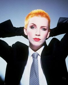 Gallery - Eurythmics - Albums - Sweet Dreams (Are Made Of This) For fans of Eurythmics, Dave Stewart and Annie Lennox Annie Lennox Sweet Dreams, Annie Lennox Why, Dance Music, Music Mix, Business Outfit Damen, 80s Aesthetic, Outfits Damen, Rock Of Ages, Celebrity Look