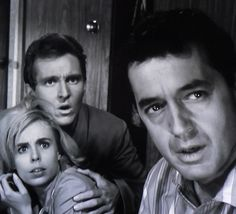 "The Twilight Zone - Sarah Marshall, Robert Sampson and Charles Aidman in ""Little Girl Lost"" 1962"