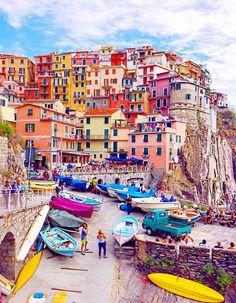 Village Italie : les plus beaux villages italiens. Zoom sur ces villages où règnent la tranquillité et l'authenticité des traditions italiennes. ...