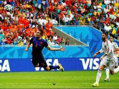 Relato argentino: Van persie gol de cabeza a España Mundial 2014