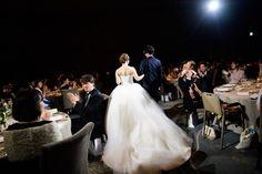 結婚式BGMはどうやって選べばいい?シーン別おすすめソングまとめ Girls Dresses, Flower Girl Dresses, Wedding Dresses, Flowers, Fashion, Dresses Of Girls, Bride Dresses, Moda, Bridal Gowns