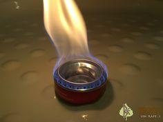 Bushcraft, Light Bulb, Alcohol, Lighting, Blog, Home Decor, Portable Stove, How To Build, Tin Cans