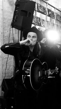 So sad James Bay isn't my little secret anymore but it's time more people know how great he is so I'm happy to share
