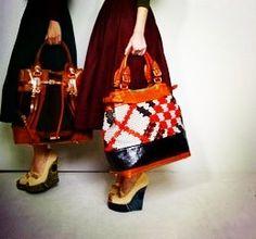 Modern day carpet bag Burberry