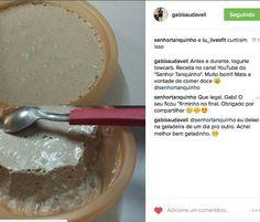 A @gabisaudavell fez nosso iogurte #lowcarb de coco e de chocolate e adorou! . . A receita tá lá no nosso canal do youtube: http://ift.tt/1RxCWAS . . Quantidade de carboidratos na receita inteira: 20 g . Ingredientes (10 porções): - 4 xícaras de leite de coco - 2 colheres de gelatina caseira (ou caldo de mocotó ou gelatina incolor sem sabor e sem açúcar) - 3 colheres de sopa de cacau em pó - 1 colher de sopa de xilitol - 1/2 xícara de coco ralado - 1 colher de chá de essência de baunilha…