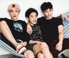 2016 Season's Greetings : Global Ver. - Baekhyun, Chanyeol, and Chen