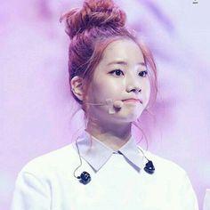 owner  Dahyun in a bun is just gorgeous   #twice #kimdahyun #dahyun #dubu #ONCE #jihyo #nayeon #mina #sana #momo #chaeyoung #tzuyu #jungyeon #jyp #jypnation #jypentertainment #kpop #kpopfff #kpopf4f #kpopl4l