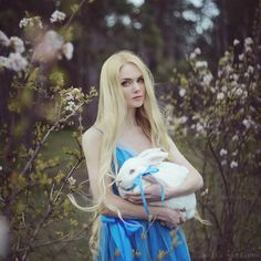 Anita Anti | retrato | retratos femininos | ensaio feminino | ensaio externo | fotografia | ensaio fotográfico | fotógrafa | mulher | book | girl | senior | shooting | photography | photo | photograph | nature | fineart | rabbit | coelho | alice