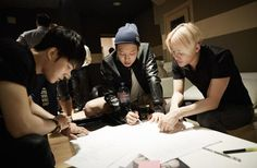 """JYJ 