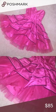 BETSEY JOHNSON LIMITED EDITION DRESS Betsey Johnson collection dress that is an extravagant worn only once dress Betsey Johnson Dresses Strapless