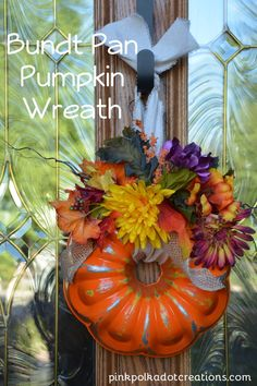 Made with a vintage bundt pan and refurbished to make something new! Made with a vintage bundt pan and refurbished to make something new! Pumpkin Wreath, Pumpkin Crafts, Fall Crafts, Diy Halloween Decorations, Thanksgiving Decorations, Fall Decorations, Thanksgiving Tablescapes, Fall Halloween, Halloween Crafts