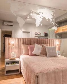 23 Modern Eclectic Bedroom You Should Already Own - Home Decoration Experts - 23 Modern Eclectic Bedroom You Should Already Own interiors homedecor interiordesign homedecortips - Easy Home Decor, Home Decor Trends, Girl Bedroom Designs, Bed Designs, Dream Rooms, New Room, House Rooms, Home Interior Design, Bedroom Decor