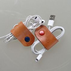 Earbud / earphone / cable organizers in natural saddle leather handmade by RinartsAtelier