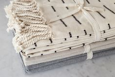 #basicsrange #bedding #neutral #tone #throws #blanket