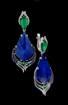 Master Exclusive Jewellery, collection Kaleidoscope, sapphire and emerald quartz doublet, diamond, tsavorit, sapphire ear pendants