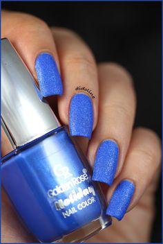 Golden Rose Holiday n°61 #swatch #nails #nailpolish #blue #goldenrose
