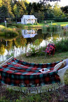 Aiken House & Gardens: Autumn Days in a Hammock warrengrovegarden.blogspot.com.tr