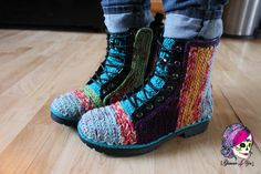 Faux Crochet Outdoor Boots - Glamour4You FREE full picture tutorial!!