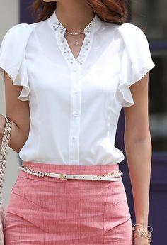Cuello de la blusa